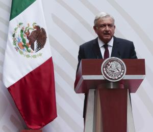 Presidente de México se apega a modesto plan económico
