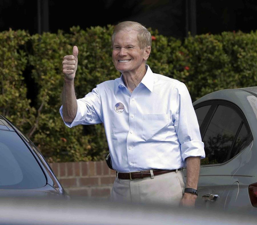 En la foto está Bill Nelson, senador demócrata. (semisquare-x3)