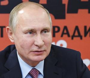 """Putin ataca a Trump y denuncia un plan para """"militarizar el cosmos"""""""