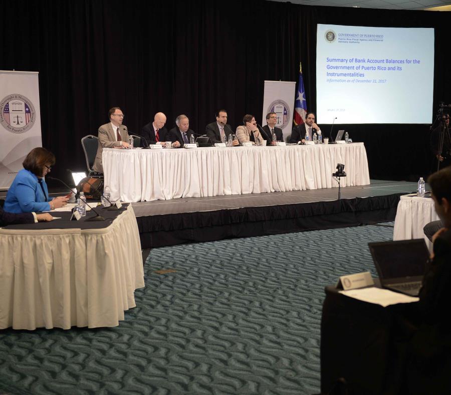 Vista de los miembros de la Junta de Supervisión Fiscal. (GFR Media) (semisquare-x3)
