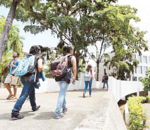 Aumento al pago estudiantil