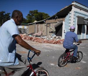Terremoto: no se sale de la crisis manteniéndose en ella