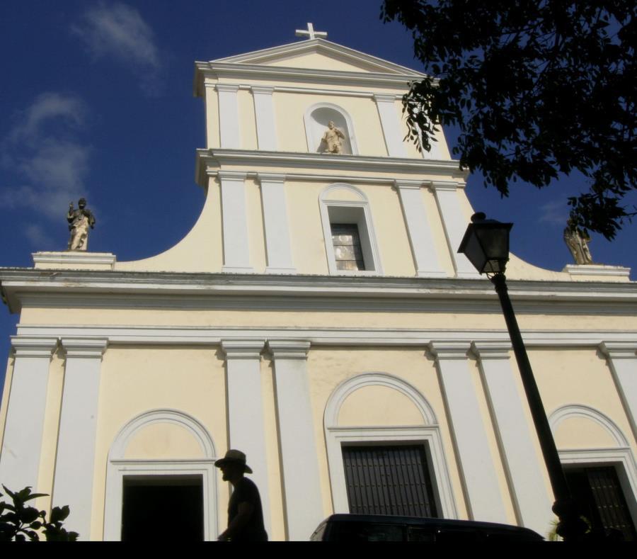 Fachada de la catedral del Viejo San Juan. (GFR Media) (semisquare-x3)