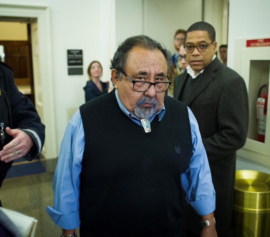 Raúl Grijalva encabeza la delegación congresional que llegará a la isla para auscultar el impacto de las medidas de austeridad impuestas. (AP / Cliff Owen) (semisquare-x3)