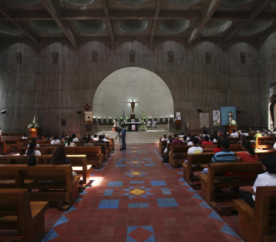Una mujer ataca con ácido a un sacerdote mientras la confesaba en Nicaragua (semisquare-x3)