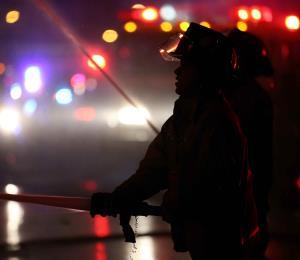 Dos personas fallecen en un incendio reportado en Vega Alta