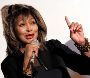 Tina Turner se canta feliz