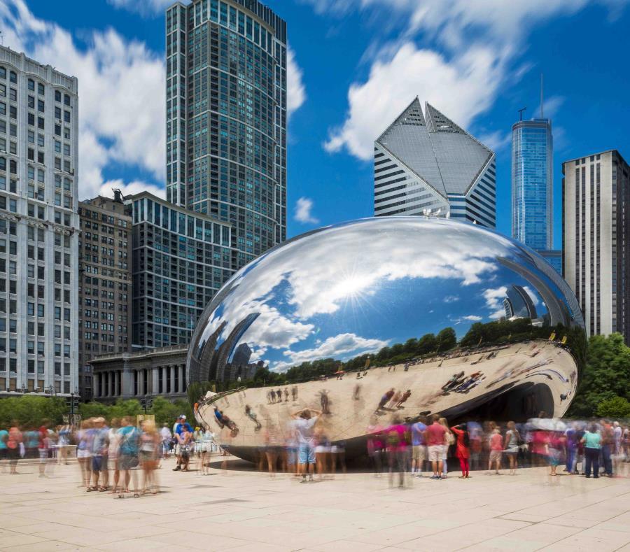 El Parque del milenio es un desarrollo urbano recreativo y artístico en la ciudad de Chicago, Estados Unidos. (semisquare-x3)