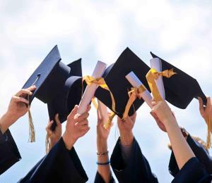 Especialista aconseja ante la incertidumbre para aquellos que esperan por su graduación