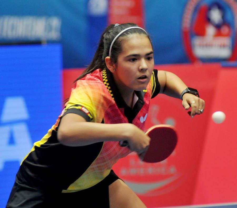 Adriana Díaz se prepara para participar en el Mundial Juvenil en Australia. (Suministrada) (semisquare-x3)