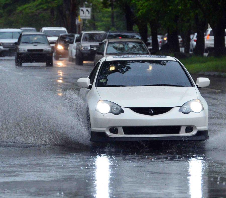 La advertencia de inundaciones para el área metropolitana de San Juan fue extendida hasta las 7:15 p.m. (GFR Media) (semisquare-x3)