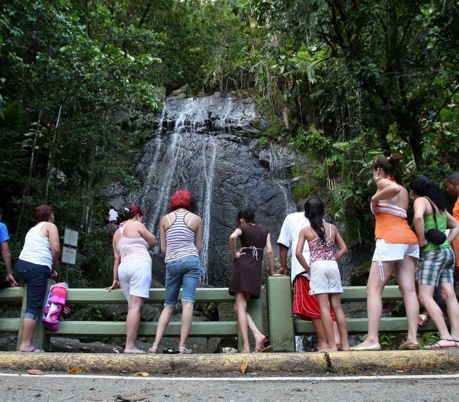 En la foto, la cascada la Coca en El Yunque. (GFR Media) (semisquare-x3)