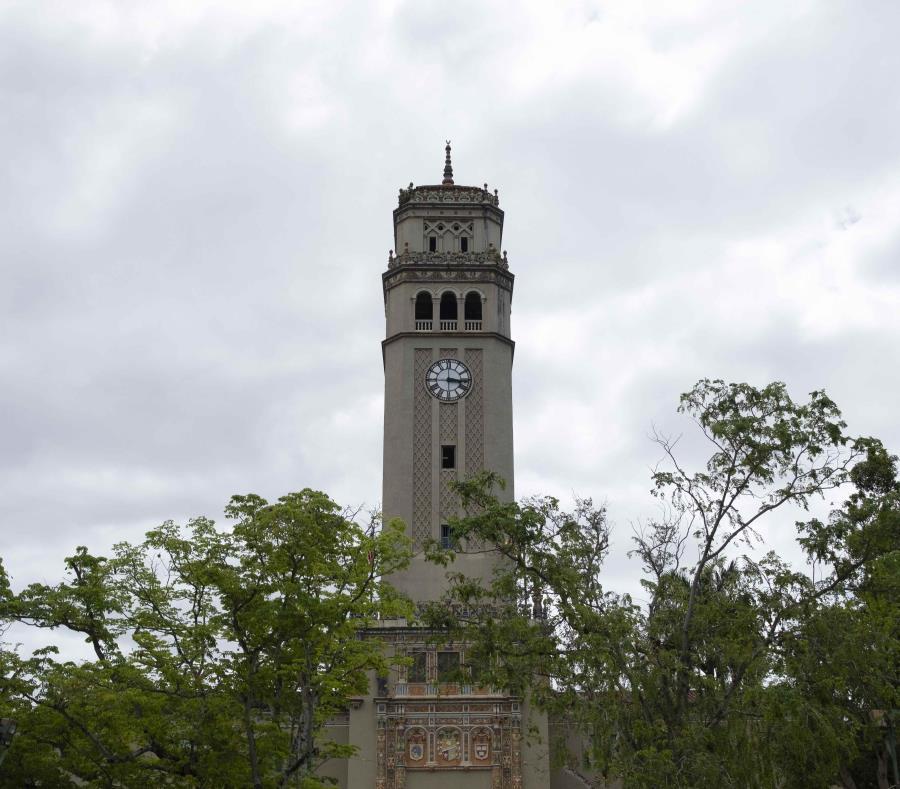 En la imagen, la Torre en el recinto de Río Piedras de la UPR. (GFR Media) (semisquare-x3)