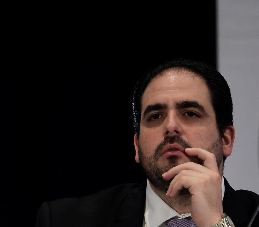 El representante del gobernador ante la Junta de Supervisión Fiscal, Christian Sobrino, recalcó que hay promesas que no se podrán cumplir debido a la falta de ingresos. (semisquare-x3)