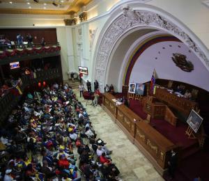 Nuevos giros en la coyuntura venezolana