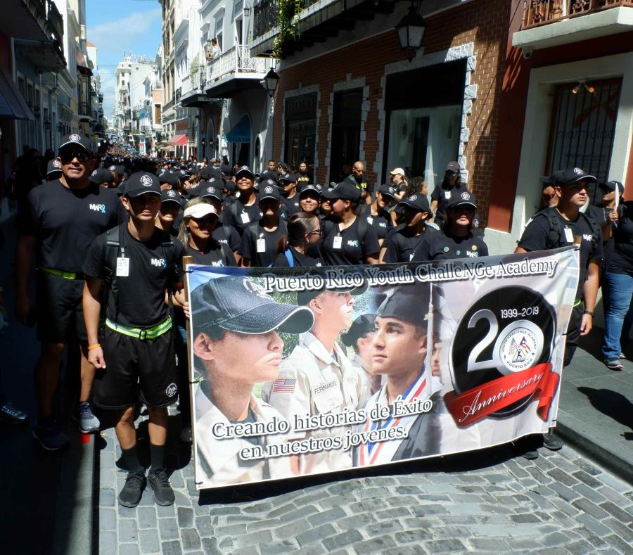 La marcha contó con la participación de sobre 1,700 miembros de la Guardia Nacional que recorrieron las principales calles del Viejo San Juan. (Suministrada) (semisquare-x3)