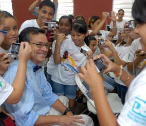 Las escuelas, las reformas y lo público