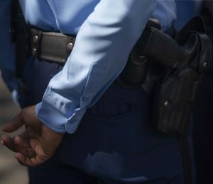 Encuentran causa para arresto contra madre de convicto por robo en casa de hija de Wanda Vázquez