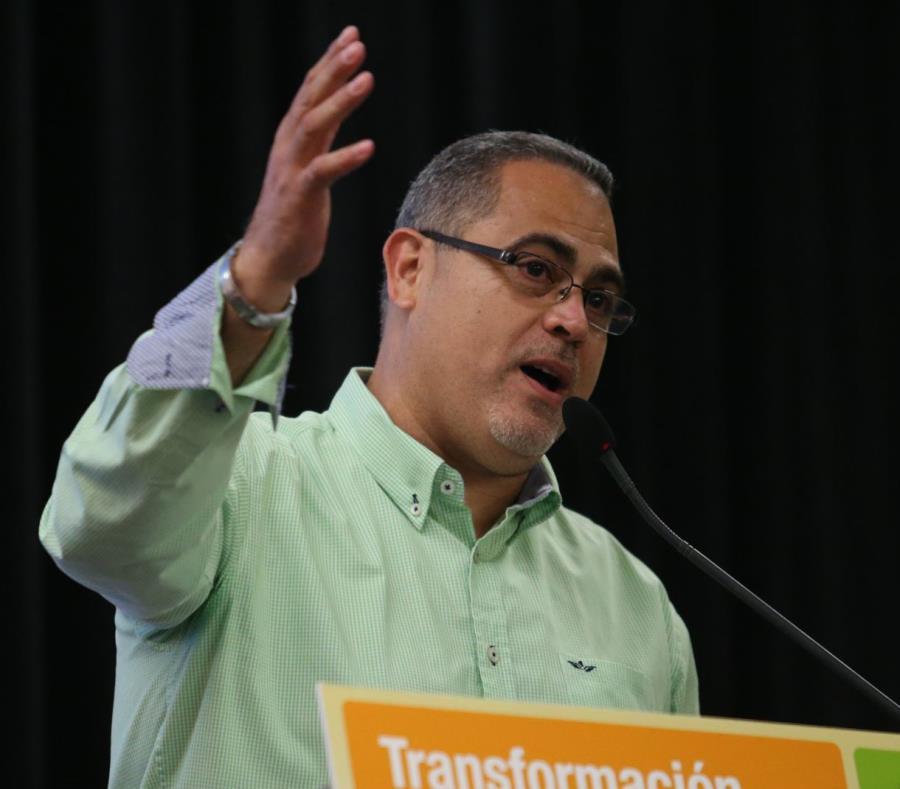 El alcalde de Peñuelas, Walter Torres (semisquare-x3)