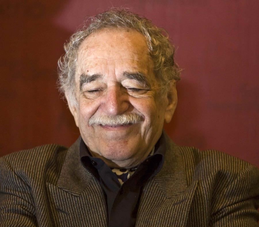 García Márquez sonríe durante la presentación del premio