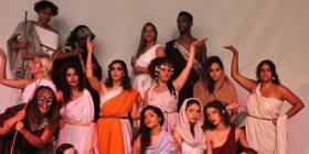 Sube el telón de una comedia griega en la UPR de Humacao