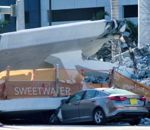 Presentan la segunda demanda por la caída de un puente en Miami