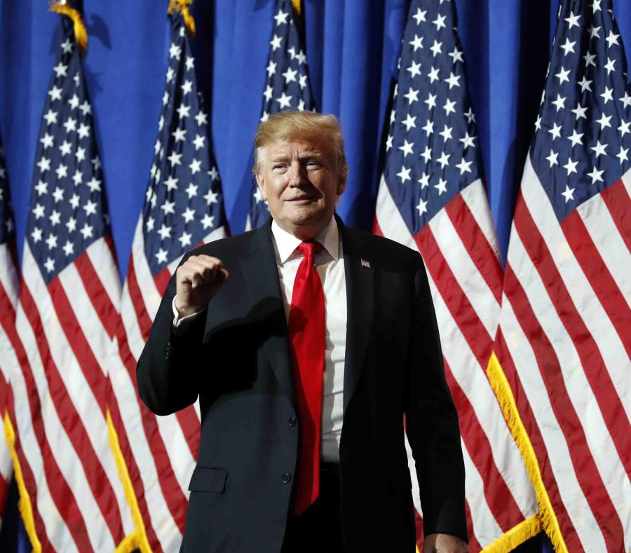 Trump apela fallo a favor de que entregue registros financieros al Congreso