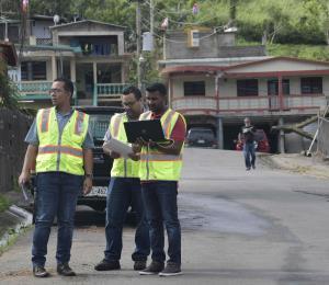 FEMA alerta a los solicitantes de ayuda por huracanes del riesgo de fraude