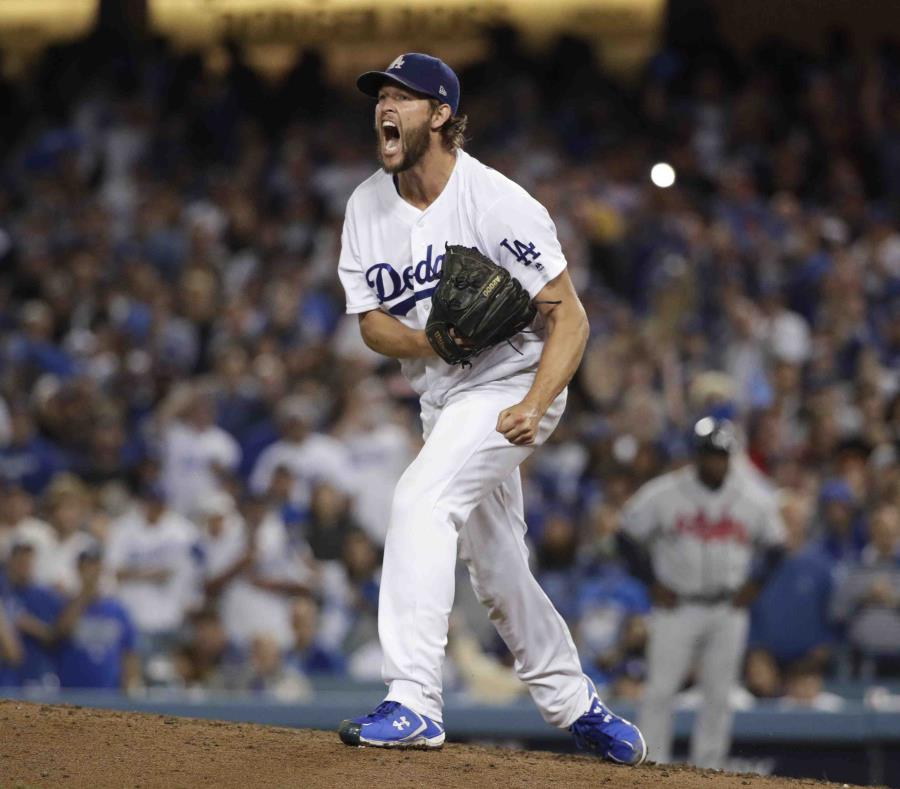 Klayton Kershaw alarga su estancia en los Dodgers por 93 mdd