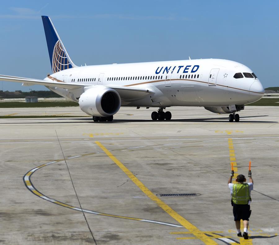 Continuará American Airlines sin utilizar aviones Boeing 737 Max