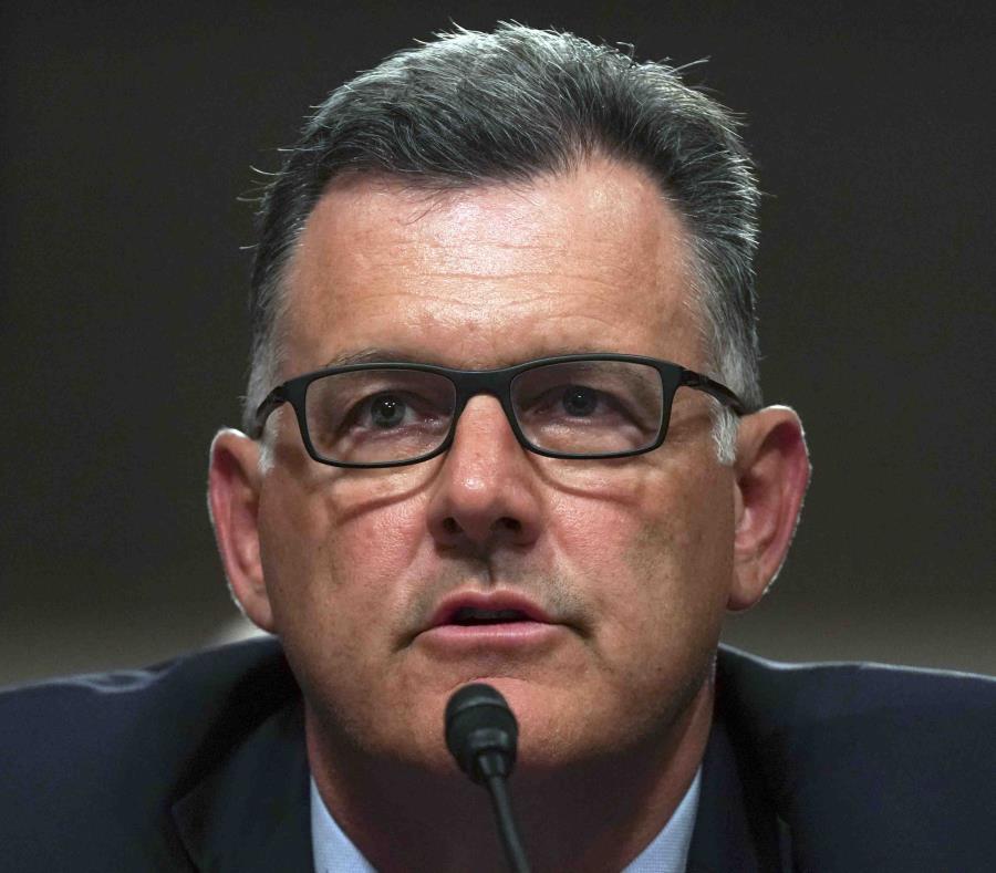 El expresidente de la Federación de Gimnasia de Estados Unidos, Steve Penny, renunció bajo presiones en marzo de 2017. (AP) (semisquare-x3)