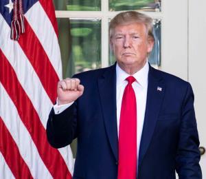 Temporada de huracanes para Trump