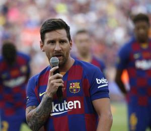 Messi no viajará a Estados Unidos tras lesión