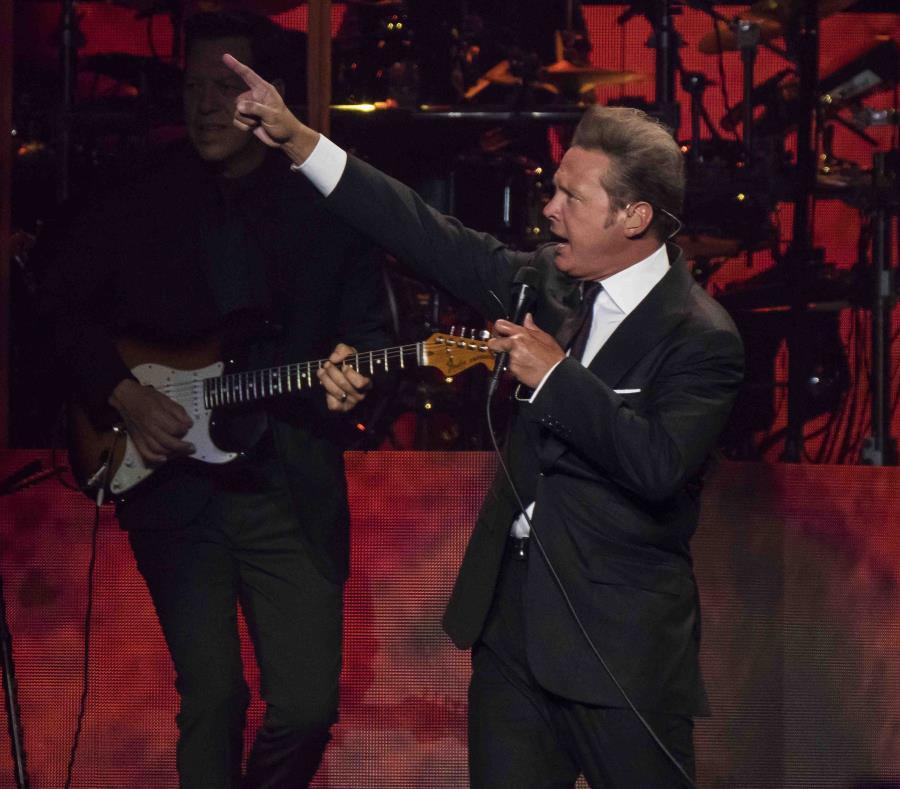Luis Miguel realiza su gira internacional