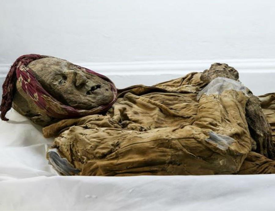 La momia fue hallada en 1949 mientras se removían los escombros de un terremoto. (semisquare-x3)
