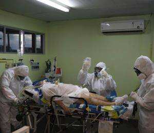 Brasil lidera en muertes de enfermeros por COVID-19