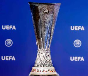 Trofeo de Liga Europa robado y recuperado en México