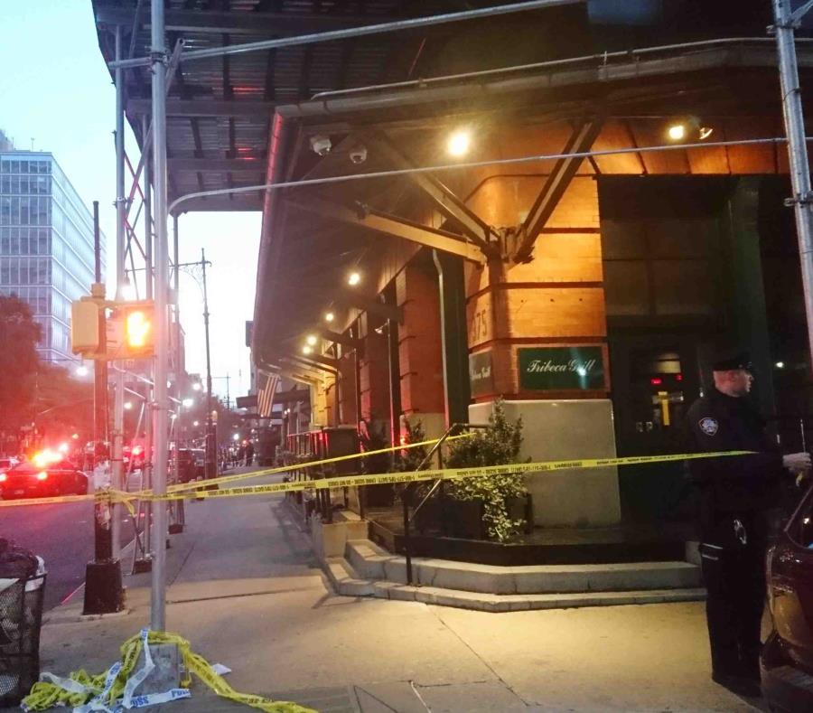 La Policía registró el restaurante Tribeca Grill, en Nueva York. (AP) (semisquare-x3)