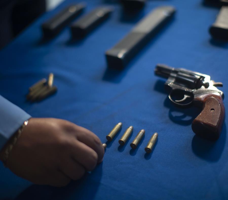 Un hombre de 47 años y una mujer de 61 años resultaron heridos de bala en medio del intento de asalto. (semisquare-x3)