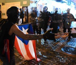 """Siete estructuras en el Viejo San Juan sufrieron daños """"mayores o medianos"""" tras manifestación"""