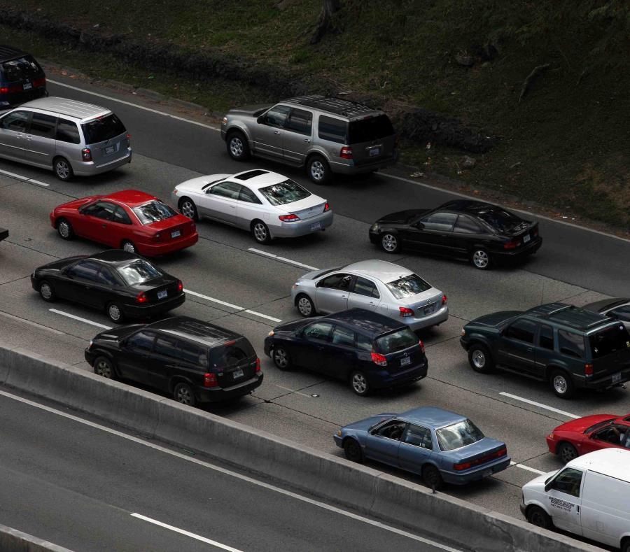 Se registra tapón tras el accidente de autos. (GFR Media) (semisquare-x3)