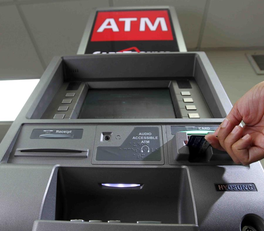 No se detalló el total de dinero que se robaron del cajero automático. (semisquare-x3)