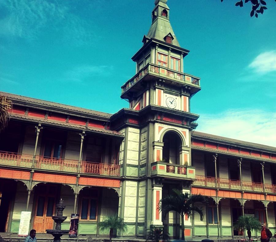 Palacio de Hierro de Orizabam Veracruz, México (semisquare-x3)