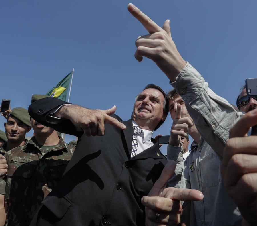 """Con frecuencia, Bolsonaro ha criticado a Maduro llamándolo """"dictador"""". (semisquare-x3)"""