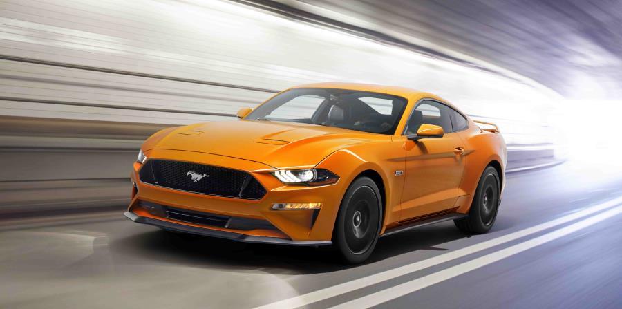 Ford Mustang (horizontal-x3)