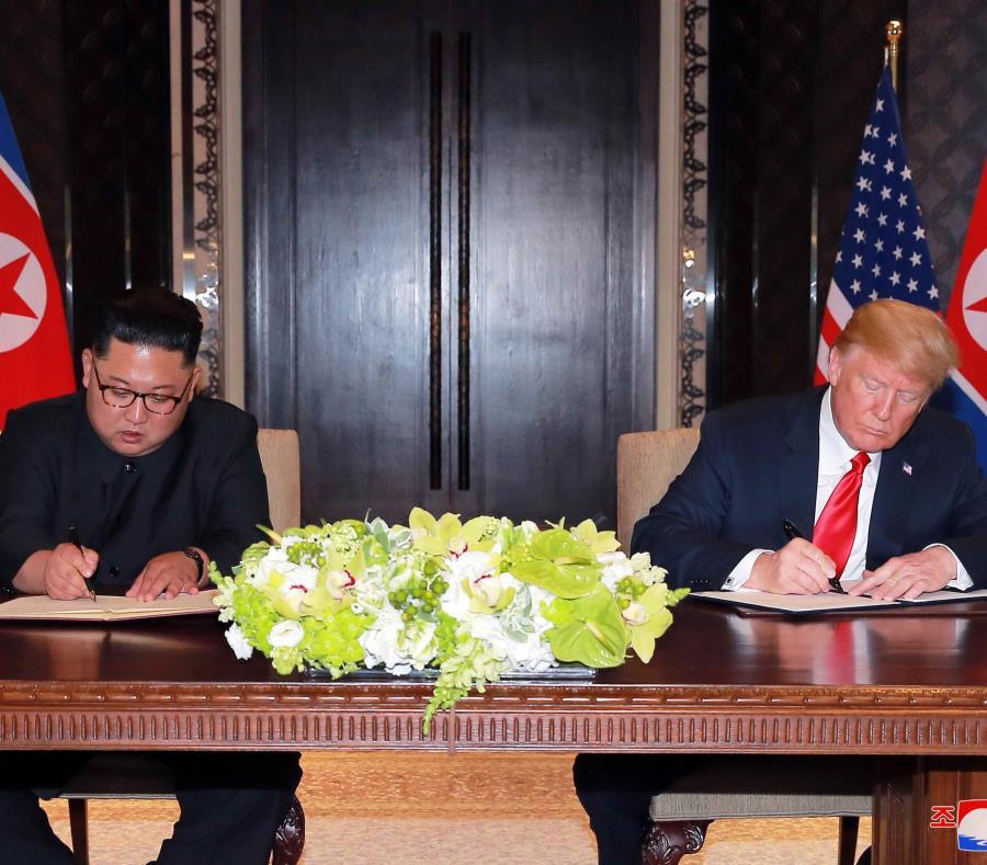 El presidente de Corea del Norte, Kim Jong-un y el presidente estadounidense, Donald J. Trump (semisquare-x3)