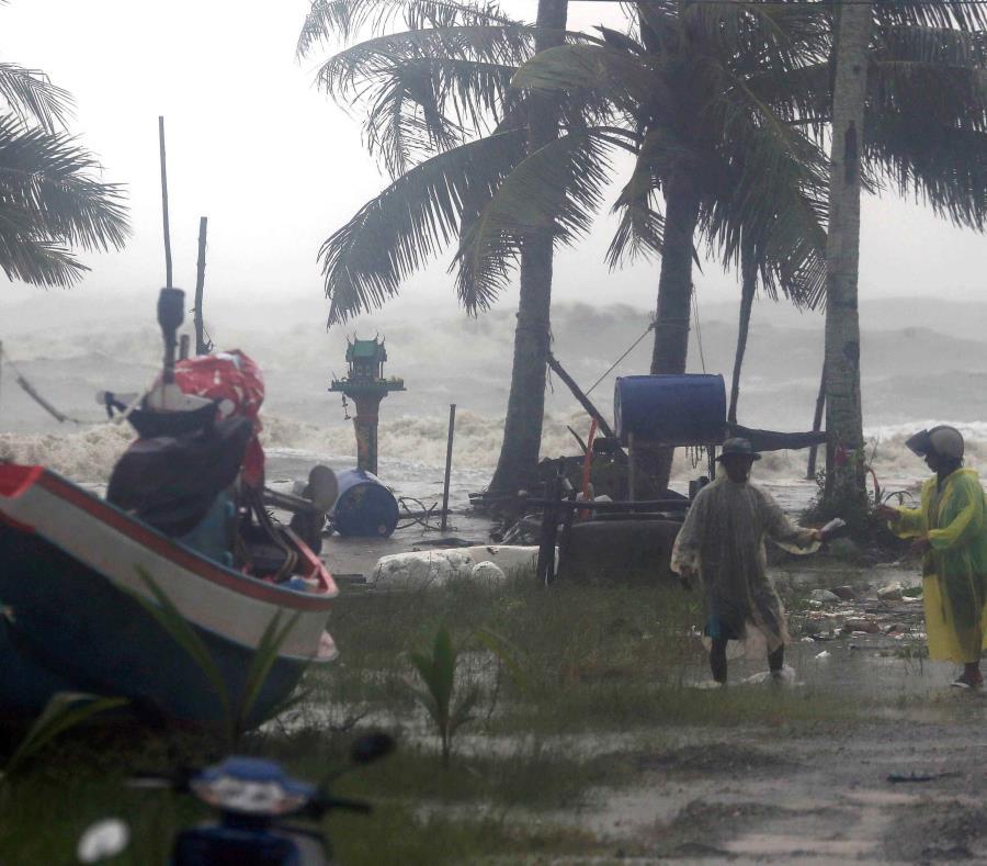 La tormenta tropical Pabuk golpea a Tailandia y provoca muertes y destrozos (semisquare-x3)