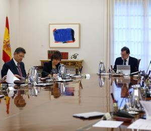 El gobierno español asumirá el control de Cataluña