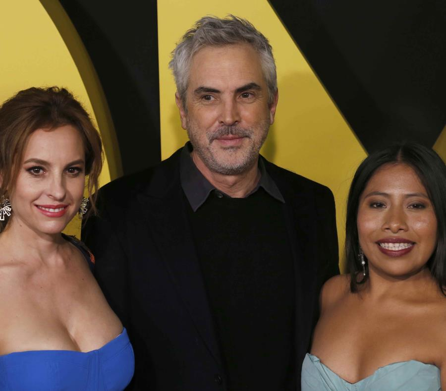 Marina de Tavira, Alfonso Cuarón y Yalitza Aparicio están nominados al Óscar. (semisquare-x3)