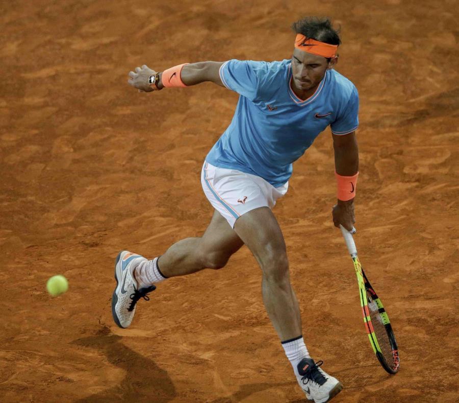 Rafael Nadal dijo que no llegar a las finales de los torneos tan a menudo como lo hizo en el pasado no debería ser una gran sorpresa. (AP / Bernat Armangue) (semisquare-x3)